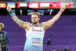 22.07.2017, Olympia Stadion, London, GBR, Leichtathletik WM der Behinderten, im Bild Freude ueber einen neuen Weltrekord: Aled Davies (GBR, F42) // World Record: Aled Davies (GBR, F42) // during the World Para Athletics Championships at the Olympia Stadion in London, Great Britain on 2017/07/22. EXPA Pictures © 2017, PhotoCredit: EXPA/ Eibner-Pressefoto/ Eibner-Pressefoto<br /> <br /> *****ATTENTION - OUT of GER*****