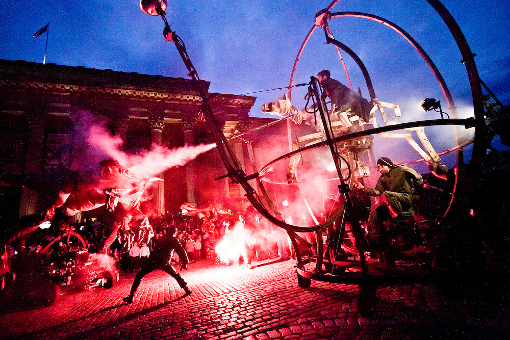 On the launch night of Streets Ahead crowds gathered to see a fantastic performance.  Its not often you get to see dragons being slayed in Liverpool.  They had music, lights, men with swords and of course dragons scaring everyone.