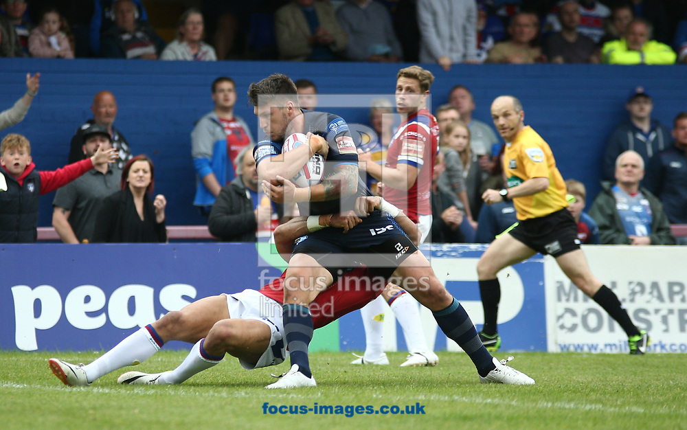 Tom Briscoe of Leeds Rhinos on the attack against Wakefield Trinity during the Betfred Super League match at the Beaumont Legal Stadium, Belle Vue, Wakefield<br /> Picture by Stephen Gaunt/Focus Images Ltd +447904 833202<br /> 10/06/2017