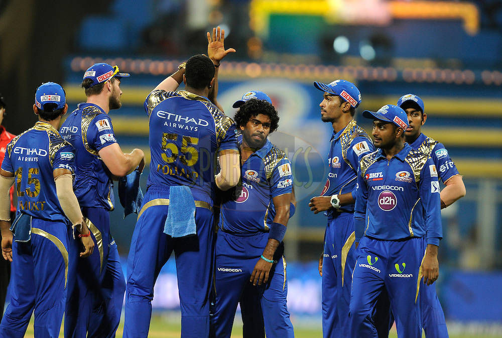 Lasith Malinga of Mumbai Indians celebrates the wicket of Dale Steyn of Sunrisers Hyderabad during match 23 of the Pepsi IPL 2015 (Indian Premier League) between The Mumbai Indians and The Sunrisers Hyferabad held at the Wankhede Stadium in Mumbai India on the 25th April 2015.<br /> <br /> Photo by:  Pal Pillai / SPORTZPICS / IPL