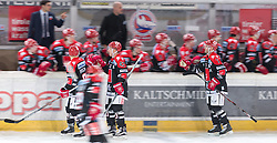 13.12.2015, Tiroler Wasserkraft Arena, Innsbruck, AUT, EBEL, HC TWK Innsbruck die Haie vs HC Orli Znojmo, 30. Runde, im Bild Torjubel HC TKW Innsbruck Die Haie nach dem Tor zum 3:2 durch John Lammers (HC TWK Innsbruck Die Haie) // during the Erste Bank Icehockey League 30th round match between HC TWK Innsbruck  die Haie and HC Orli Znojmo at the Tiroler Wasserkraft Arena in Innsbruck, Austria on 2015/12/13. EXPA Pictures © 2015, PhotoCredit: EXPA/ Jakob Gruber