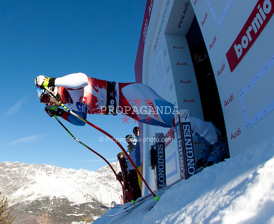 27.12.2011, Pista Stelvio, Bormio, ITA, FIS Weltcup Ski Alpin, Herren, Abfahrt, 1. Training, im Bild am Start // at the start during first practice session downhill of FIS Ski Alpine World Cup at 'Pista Stelvio' in Bormio, Italy on 2011/12/27. EXPA Pictures © 2011, PhotoCredit: EXPA/ Johann Groder