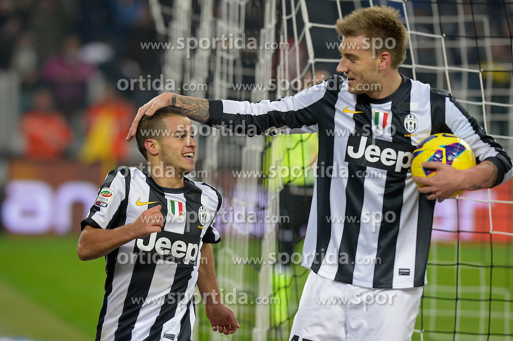 01.12.2012, Juventus Stadion, Turin, ITA, Serie A, Juventus Turin vs FC Turin, 15. Runde, im Bild Esultanza dopo il gol di Sebastain Giovinco con Nicklas Bendtner Juventus.Celebration Goal // during the Italian Serie A 15th round match between Juventus FC and Torino FC 1906 at the Juventus Stadium, Turin, Italy on 2012/12/01. EXPA Pictures © 2012, PhotoCredit: EXPA/ Insidefoto/ Filippo Alfero..***** ATTENTION - for AUT, SLO, CRO, SRB, BIH and SWE only *****