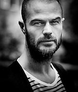 AMSTERDAM - Portret van Arie Boomsma COPYRIGHT ROBIN UTRECHT FOTOGRAFIE