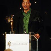 NLD/Bussum/20051212 - Uitreiking Gouden Beelden 2005, prijs TV persoonlijkheid voor Jörgen Raymann