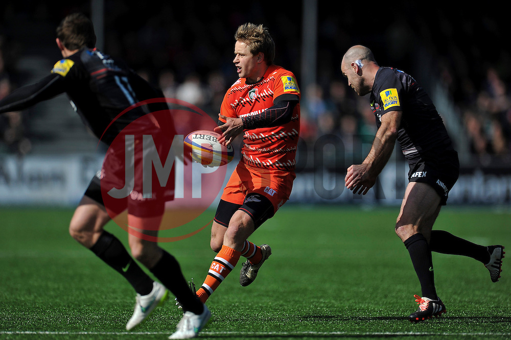Matthew Tait of Leicester Tigers passes the ball - Photo mandatory by-line: Patrick Khachfe/JMP - Mobile: 07966 386802 11/04/2015 - SPORT - RUGBY UNION - London - Allianz Park - Saracens v Leicester Tigers - Aviva Premiership