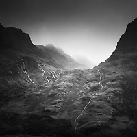 A mono square to round off my trip up to a dreich Glen Coe. Despite the gloomy skies and constant rain I thoroughly enjoyed my wee visit as these conditions are definitely the best for enhancing the glen's character.