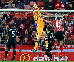 SUNDERLAND, ENGLAND - Monday, January 2, 2017: Liverpool's goalkeeper Simon Mignolet in action against Sunderland during the FA Premier League match at the Stadium of Light. (Pic by David Rawcliffe/Propaganda)