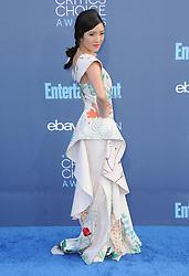Constance Wu  bei der Verleihung der 22. Critics' Choice Awards in Los Angeles / 111216