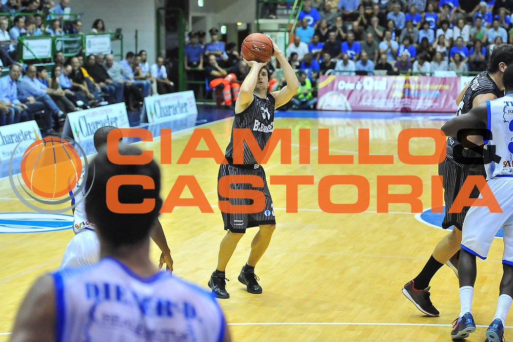 DESCRIZIONE : Eurocup 2013/14 Gir. B Dinamo Banco di Sardegna Sassari - Bilbao Basket<br /> GIOCATORE : Raul Lopez<br /> CATEGORIA : Tiro<br /> SQUADRA : Bilbao Basket<br /> EVENTO : Eurocup 2013/2014<br /> GARA : Dinamo Banco di Sardegna Sassari - Bilbao Basket<br /> DATA : 23/10/2013<br /> SPORT : Pallacanestro <br /> AUTORE : Agenzia Ciamillo-Castoria / Luigi Canu<br /> Galleria : Eurocup 2013/2014<br /> Fotonotizia : Eurocup 2013/14 Gir. B Dinamo Banco di Sardegna Sassari - Bilbao Basket<br /> Predefinita :