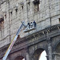 Lavori  per la conservazione del Colosseo