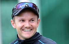Dunedin-Cricket, New Zealand training, March 04