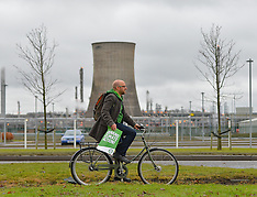 Green Party leader demonstrates at INEOS plant, Grangemouth, 7 December 2019