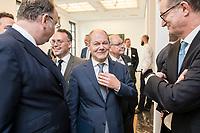 """18 JUN 2018, BERLIN/GERMANY:<br /> Harald Christ (L), Wirtschaftsforum der SPD, Olaf Scholz (M), SPD, Bundesfinanzminister, und Martin Zielke (R), Vorstandsvorsitzender Commerzbank AG, Veranstaltung Wirtschaftsforum der SPD: """"Finanzplatz Deutschland 2030 - Vision, Strategie, Massnahmen!"""", Haus der Commerzbank<br /> IMAGE: 20180618-01-026"""