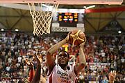 DESCRIZIONE : Pistoia Lega serie A 2013/14  Giorgio Tesi Group Pistoia Pesaro<br /> GIOCATORE : gibson kyle<br /> CATEGORIA : tiro<br /> SQUADRA : Giorgio Tesi Group Pistoia<br /> EVENTO : Campionato Lega Serie A 2013-2014<br /> GARA : Giorgio Tesi Group Pistoia Pesaro Basket<br /> DATA : 24/11/2013<br /> SPORT : Pallacanestro<br /> AUTORE : Agenzia Ciamillo-Castoria/M.Greco<br /> Galleria : Lega Seria A 2013-2014<br /> Fotonotizia : Pistoia  Lega serie A 2013/14 Giorgio  Tesi Group Pistoia Pesaro Basket<br /> Predefinita :