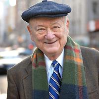 Former New York City mayor Ed Koch photographed at the corner of Madison Avenue and East 83rd Street in New York, New York on Saturday Decmber 29, 2007.<br /> Shmuel Thaler/Santa Cruz Sentinel