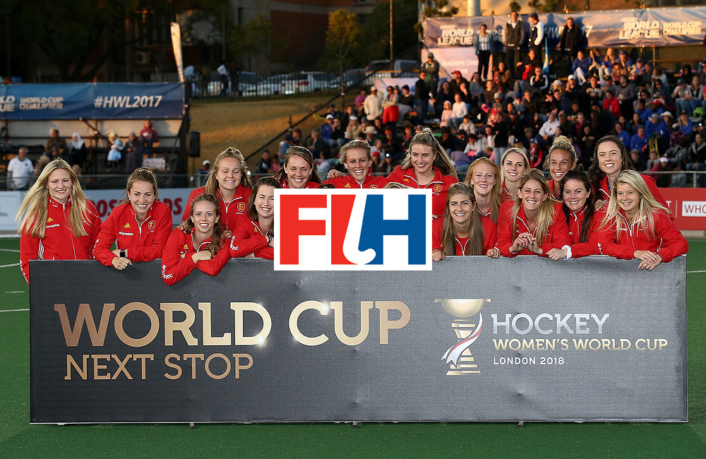 JOHANNESBURG, SOUTH AFRICA - JULY 23:  England players pose after securing world cup qualification during day 9 of the FIH Hockey World League Women's Semi Finals at Wits University on July 23, 2017 in Johannesburg, South Africa.  (Photo by Jan Kruger/Getty Images for FIH)