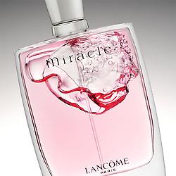 Perfume action close-up shots.