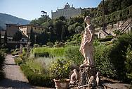 Villa Garzoni's garden, statue