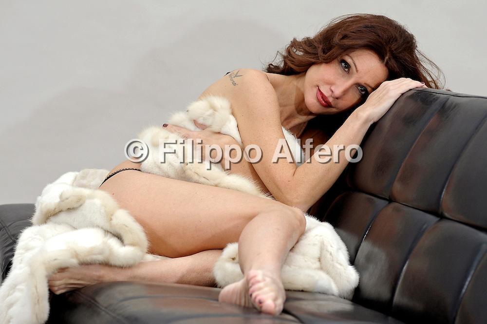 &copy; Filippo Alfero<br /> Barbara Meoni<br /> Torino, 02/12/2010