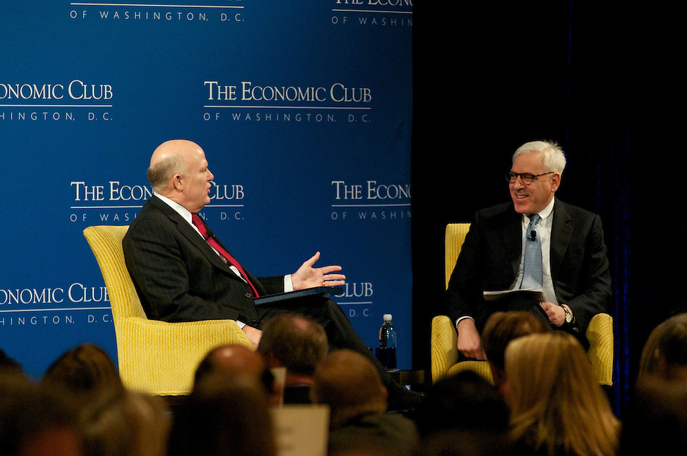 Dan Akerson, CEO General Motors addresses the members and guest of the Economic Club of Washington at the Ritz Carlton