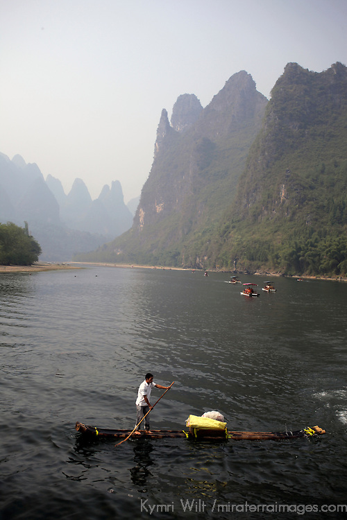 Asia, China, Guilin. Rafting along the scenic Li River.