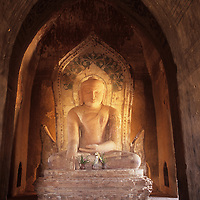 Bagan temple interior, Buddha statue