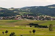 Landschaft mit Ulrichsberg, Mühlviertel, Böhmerwald, Niederösterreich, Österreich | landscape and Ulrichsberg, Muehlviertel, Bohemian Forest, Austria