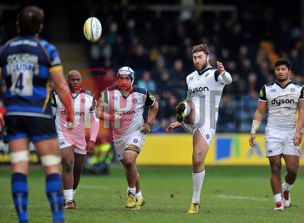 Matt Banahan of Bath Rugby kicks for touch - Mandatory byline: Patrick Khachfe/JMP - 07966 386802 - 13/02/2016 - RUGBY UNION - Sixways Stadium - Worcester, England - Worcester Warriors v Bath Rugby - Aviva Premiership.