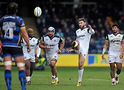 Matt Banahan of Bath Rugby kicks for touch - Mandatory byline: Patrick Khachfe/JMP - 07966 386802 - 13/02/2016 - RUGBY UNION - Sixways Stadium - Worcester, England - Worcester Warriors v Bath Rugby - Aviva Premiership.