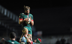 Leicester Tigers lock, Geoff Parling catches the ball - Photo mandatory by-line: Dougie Allward/JMP - Mobile: 07966 386802 - 16/01/2015 - SPORT - Rugby - Leicester - Welford Road - Leicester Tigers v Scarlets - European Rugby Champions Cup