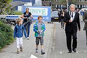 BN´ers zwemmen mee met Amsterdam City Swim<br /> De derde Amsterdam City Swim heeft zondag een recordbedrag opgeleverd aan donaties: ruim 1,9 miljoen euro.Het geld is voor onderzoek naar de ongeneeslijke spierziekte ALS.<br /> <br /> Op de Foto: <br /> <br />  Burgemeester Amsterdam Eberhard van der Laan