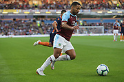 25 Aaron Lennon for Burnley FC during the Europa League third qualifying round leg 2 of 2 match between Burnley and Istanbul basaksehir at Turf Moor, Burnley, England on 16 August 2018.
