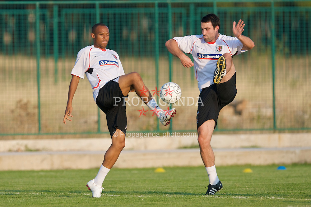PODGORICA, MONTENEGRO - Monday, August 10, 2009: Wales' Daniel Gabbidon and Craig Morgan during a training session ahead of the international friendly match against Montenegro. (Photo by David Rawcliffe/Propaganda)