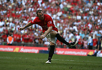 Photo: Rich Eaton.<br /> <br /> Manchester United v Chelsea. FA Community Shield. 05/08/2007. Manchester United's Wayne Rooney hits the winning penalty.