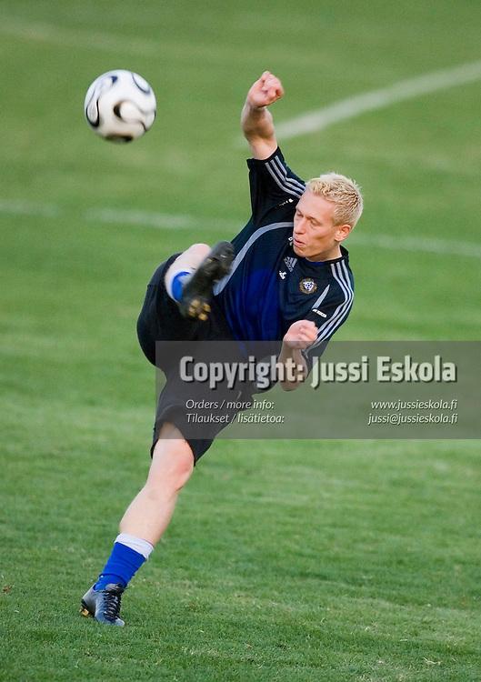 Mikael Forssell.&amp;#xA;Suomen A-maajoukkueen harjoitukset, Jerevan, Armenia 9.10.2006.&amp;#xA;Photo: Jussi Eskola<br />