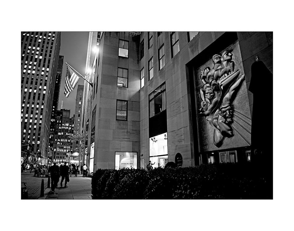 Rockefeller Plaza, New York City © Ed Hille 2016