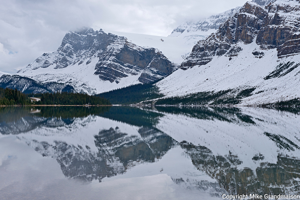 Bow Lake and the Canadian Rocky Mountains in cloud. Icefields Parkway. <br />Banff National Park<br />Alberta<br />Canada