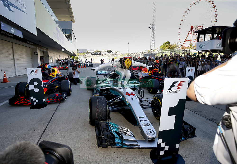 October 8, 2017 - Suzuka, Japan - Motorsports: FIA Formula One World Championship 2017, Grand Prix of Japan, parc fermé, .#3 Daniel Ricciardo (AUS, Red Bull Racing) (Credit Image: © Hoch Zwei via ZUMA Wire)