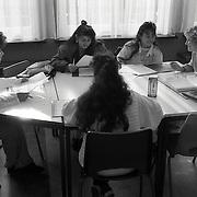 NLD/Zeist/19910923 - Emancipatieles aan Marokkanse meisjes Kiboes Zeist