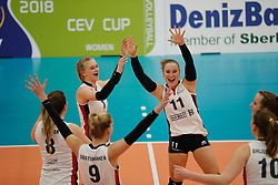 20180110 NED: CEV CUP Sliedrecht Sport - Beziers Angels VB: Sliedrecht<br />Christie Wolt (1) of Sliedrecht Sport, Ana Rekar (11) of Sliedrecht Sport <br />©2018-FotoHoogendoorn.nl / Pim Waslander