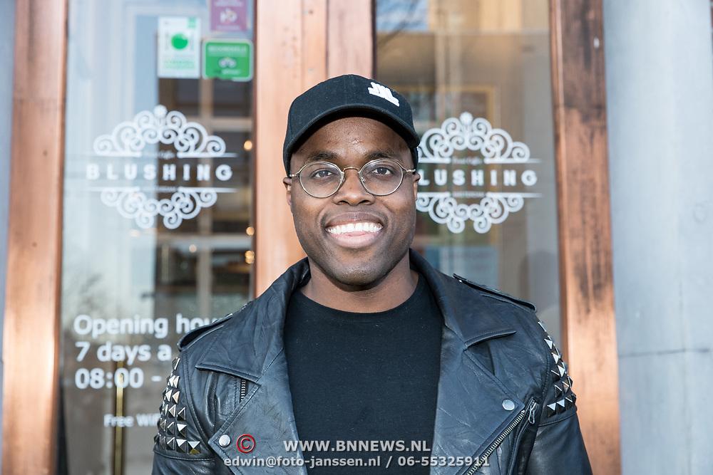 NLD/Amsterdam/20190401 -  Opening Burgerroom Gordon , Jandino Asporaat