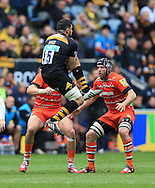 Andrea Masi of Wasps takes a high ball but gets injured in the process during the Aviva Premiership match at the Ricoh Arena, Coventry<br /> Picture by Michael Whitefoot/Focus Images Ltd 07969 898192<br /> 09/05/2015