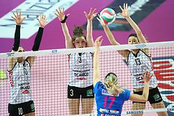03-05-2017 ITA: Igor Gorgonzola Novara - Liu Jo Volley Modena, Novara<br /> Final playoff match 2 of 5 / BARUN-SUSNJAR KATARINA, FERRETTI FRANCESCA, BELIEN YVON en OZSOY NERIMAN<br /> <br /> ***NETHERLANDS ONLY***