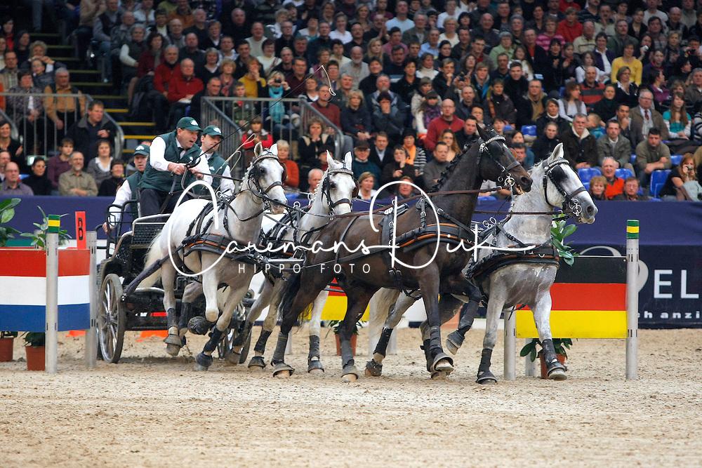 Chardon IJsbrand, (NED), Illem, Kelvin, Maestoso x-28 Fegyenc, Maestoso x-30 Magus<br /> CAI-W Leipzig 2010<br /> &copy; Hippo Foto - Dirk Caremans