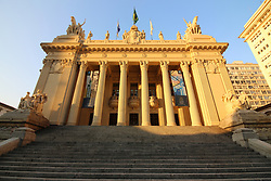 July 6, 2018 - Rio De Janeiro, Brazil - Rio de Janeiro, Brazil, July 7, 2018: Tiradentes Palace, where the ALERJ - Legislative Assembly of the State of Rio de Janeiro works. The building in eclectic style was inaugurated in May 1926 and was designed by Archimedes Memoria and Francisque Couchet. In the place there was an imperial parliament built in 1640 and also it housed the Old Chain during the Empire of Portugal in Brazil. The allegorical sculptures of the facade represent Independence and the Republic. The imposing building was inspired by the Grand Palais of Paris and is located in the Cultural Corridor of Rio Downtown. (Credit Image: © Luiz Souza/NurPhoto via ZUMA Press)