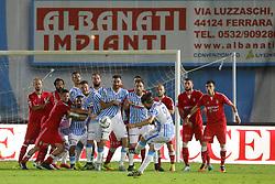 """Foto Filippo Rubin<br /> 18/05/2017 Ferrara (Italia)<br /> Sport Calcio<br /> Spal vs Bari - Campionato di calcio Serie B ConTe.it 2016/2017 - Stadio """"Paolo Mazza""""<br /> Nella foto: Punizione di MICHELE CASTAGNETTI<br /> <br /> Photo Filippo Rubin<br /> May 18, 2016 Ferrara (Italy)<br /> Sport Soccer<br /> Spal vs Bari - Italian Football Championship League B ConTe.it 2016/2017 - """"Paolo Mazza"""" Stadium <br /> In the pic: MICHELE CASTAGNETTI"""