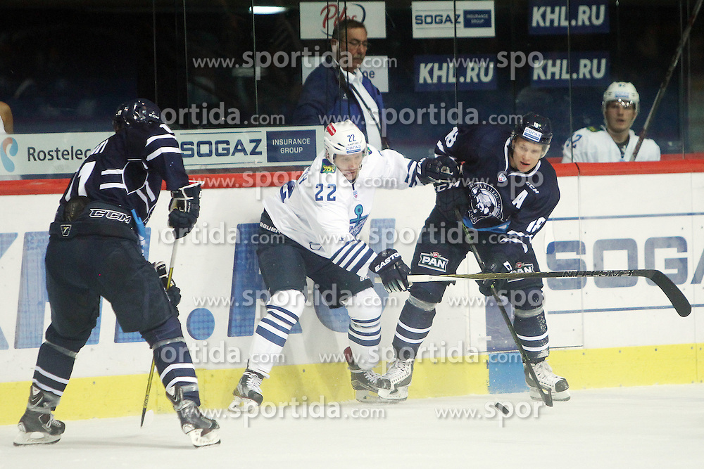 28.08.2015, Dom Sportova, Zagreb, CRO, KHL League, KHL Medvescak vs Admiral Vladivostok, 2. Runde, im Bild Stanislav Alshevsky, Tuukka Mantyla. // during the Kontinental Hockey League, 2nd round match between KHL Medvescak and Admiral Vladivostok at the Dom Sportova in Zagreb, Croatia on 2015/08/28. EXPA Pictures &copy; 2015, PhotoCredit: EXPA/ Pixsell/ Goran Jakus<br /> <br /> *****ATTENTION - for AUT, SLO, SUI, SWE, ITA, FRA only*****