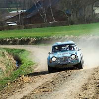 Car 21 Tony Sheach Rachel Wakefield Triumph TR4_gallery