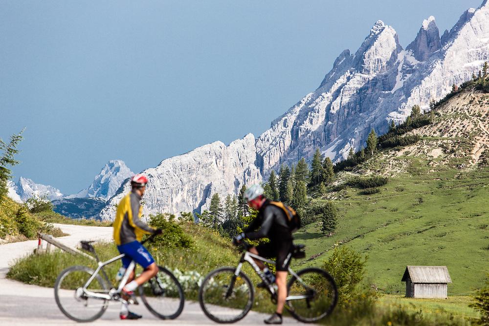 """04 JUL 2014 - Prato Piazza, Braies (BZ) -  Location della fiction """"Un passo dal cielo"""". Ciclisti"""